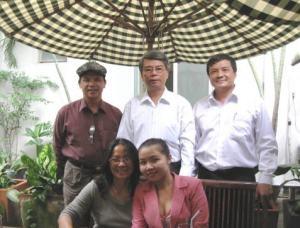 Hoa Thang Kim Thanh Dan